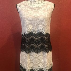Adorable Jessica Simpson Holiday Lace Dress Size 4